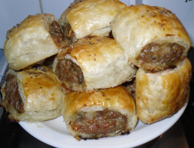 Justines show Everyday Gourmet and saw her making sausage rolls ...